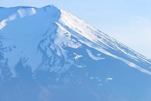 山梨県 富士山の雪形「農鳥」の写真素材 [FYI01803946]