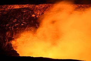 ハワイ ハワイ島 キラウエア火山噴火の様子の写真素材 [FYI01804471]