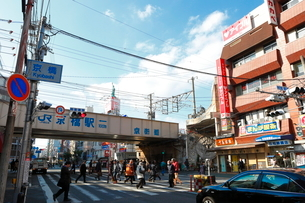 京橋の街並みの写真素材 [FYI01804998]