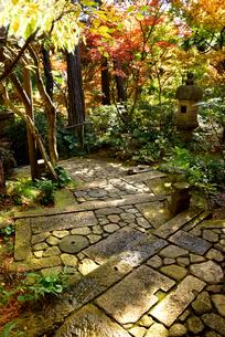 松雲山荘紅葉の印象の写真素材 [FYI01805044]