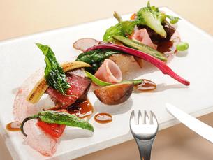 洋食 前菜の写真素材 [FYI01805341]