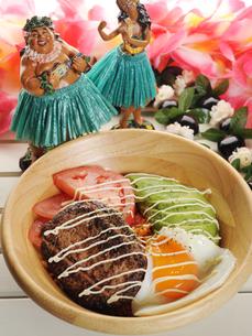 ハワイ料理 ロコモコイメージの写真素材 [FYI01805351]