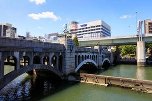堂島川と水晶橋の写真素材 [FYI01805482]