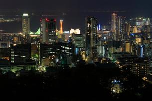神戸市街の夜景の写真素材 [FYI01805508]