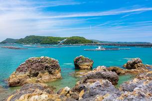 本州から望む紀伊大島と苗我島の写真素材 [FYI01805807]