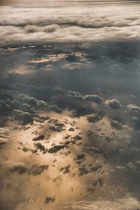 空撮 海と雲の写真素材 [FYI01806208]