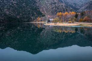 湯ノ湖の写真素材 [FYI01806293]