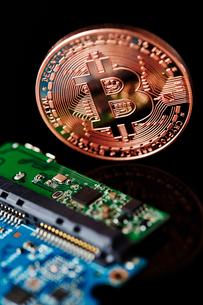 仮想通貨の写真素材 [FYI01807589]