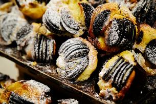 クッキークリームマフィンの写真素材 [FYI01808603]