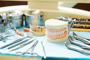 歯科治療の写真素材 [FYI01809264]
