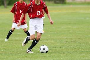 サッカーの試合の写真素材 [FYI01809944]