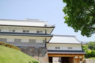 金沢城公園の門の写真素材 [FYI01810884]