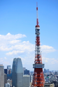 麻布十番から見える東京タワー方面の眺望の写真素材 [FYI01811060]