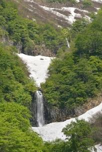 只見町 モウカケの滝の写真素材 [FYI01811078]