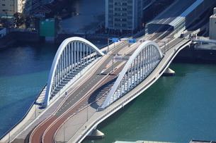 環状2号線の築地大橋の写真素材 [FYI01811517]