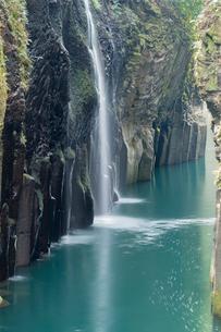 高千穂峡真名井の滝の写真素材 [FYI01812140]