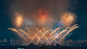 足立の花火の写真素材 [FYI01813302]