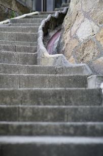 坂の町尾道の階段の写真素材 [FYI01813387]
