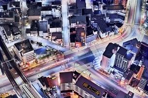 東京スカイツリーより真俯瞰で見下ろした道路の写真素材 [FYI01814532]