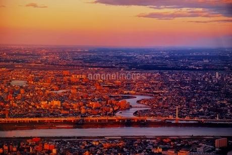 東京スカイツリーより望む都市夕景の写真素材 [FYI01814632]