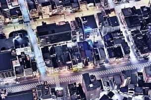 東京スカイツリーより真俯瞰で見下ろした住宅街の写真素材 [FYI01814913]