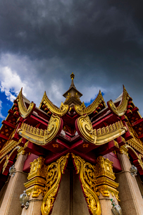 Udonthani city pillar shrine, Thailandの写真素材 [FYI01816611]