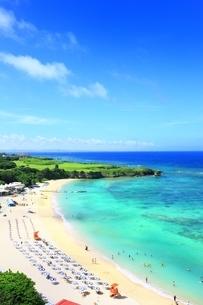 ニライビーチの海の写真素材 [FYI01816806]
