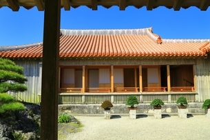 首里城 書院・鎖之間と庭園の写真素材 [FYI01816934]