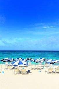 ニライビーチの海の写真素材 [FYI01817366]