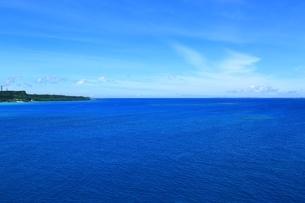 宮古島の青い海の写真素材 [FYI01817489]