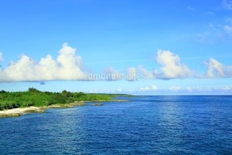 宮古島の青い海の写真素材 [FYI01817527]