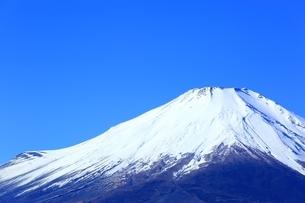 三国峠より望む富士山の写真素材 [FYI01818152]
