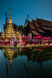 タイ チェンマイ 旧正月のワット・パンタオの写真素材 [FYI01818259]