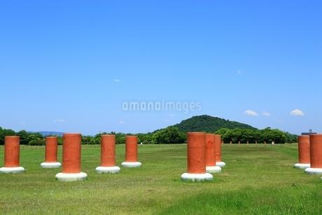 藤原京跡と大和三山(耳成山)の写真素材 [FYI01818691]