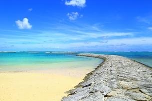石垣島のマエサトビーチの写真素材 [FYI01818756]