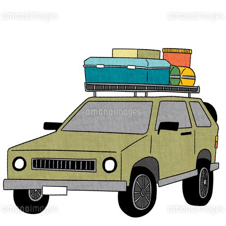 カーキャリアにキャンプ用品を積んだ車のイラスト素材 [FYI01819502]
