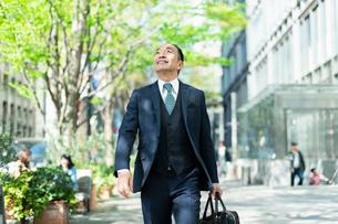 シニアのビジネスマンの写真素材 [FYI01820623]
