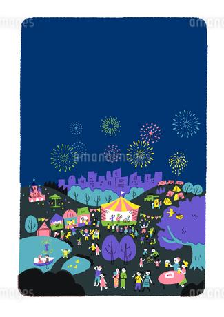 人々で賑わう公園 花火のイラスト素材 [FYI01820626]