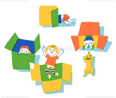 ダンボールで遊ぶ子供たちのイラスト素材 [FYI01820986]