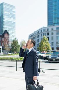 シニアのビジネスマンの写真素材 [FYI01821026]