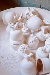 色づけする前のリシタンの陶器の写真素材 [FYI01821418]