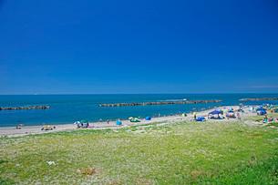 瀬波温泉海水浴の写真素材 [FYI01821825]