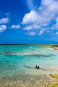 沖縄 海の写真素材 [FYI01822180]