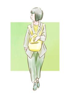 リュックを前に持った緑の服の女の子のイラスト素材 [FYI01822360]