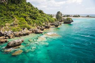 沖縄の綺麗な海の写真素材 [FYI01822532]
