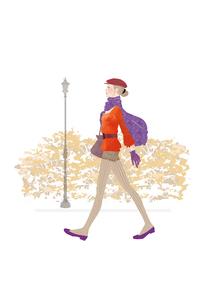 ベレー帽をかぶり、ショートパンツ、マフラーで街を歩く女性のイラスト素材 [FYI01823244]