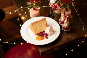 クリスマスディナーのパンケーキの写真素材 [FYI01823508]