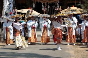 滝の宮念仏踊りの写真素材 [FYI01824180]