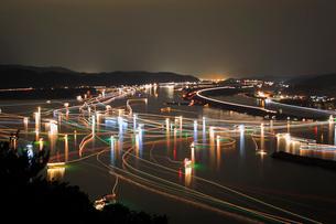清流四万十川のシラスウナギ漁の写真素材 [FYI01824437]
