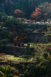 秋の別子銅山跡の写真素材 [FYI01824744]